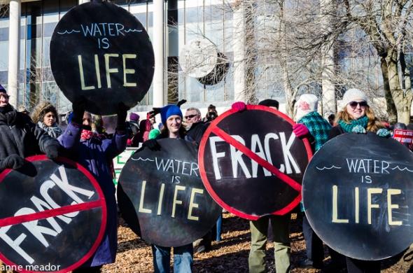 shale gas France stop permis Montelimar gaz de schiste