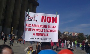 stop petrole gaz de schiste NONVILLE 1