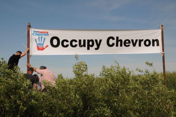 stop gaz de schiste occupychevron zurawlow